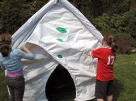 Tent 4. & Sustainable innovative play tent / Resistant Materials - textile ...