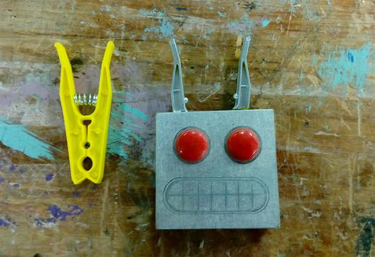 Robot character head and peg